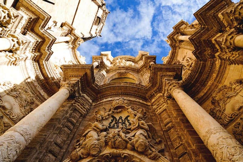 expats in Valencia can also get free tourist information from Expat Hub Valencia